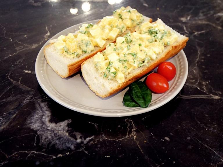 Kanapki z pastą z jajek przepis