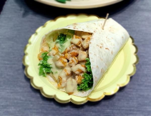 Hawajska tortilla z kurczakiem przepis