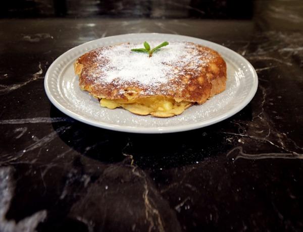 Omlet à la szarlotka przepis