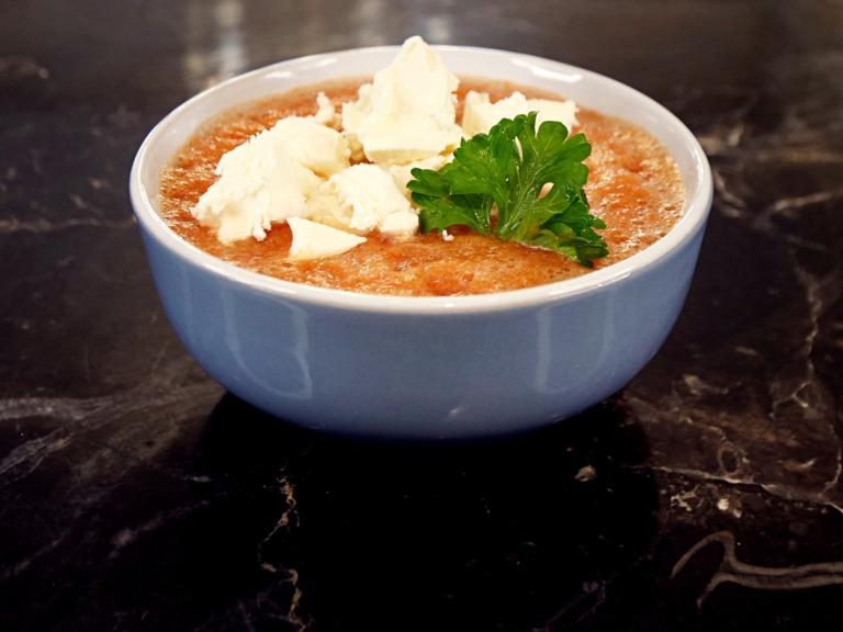 Gazpacho z serem feta przepis