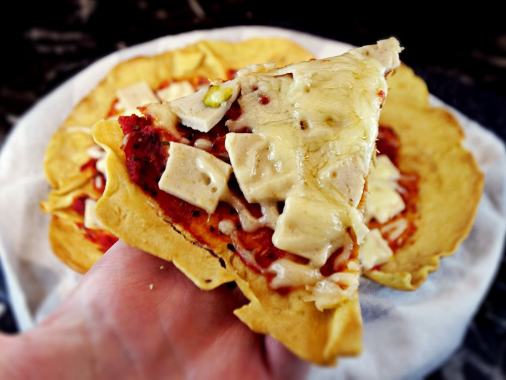 Pizza piadina z serem i szynką z kurczaka przepis
