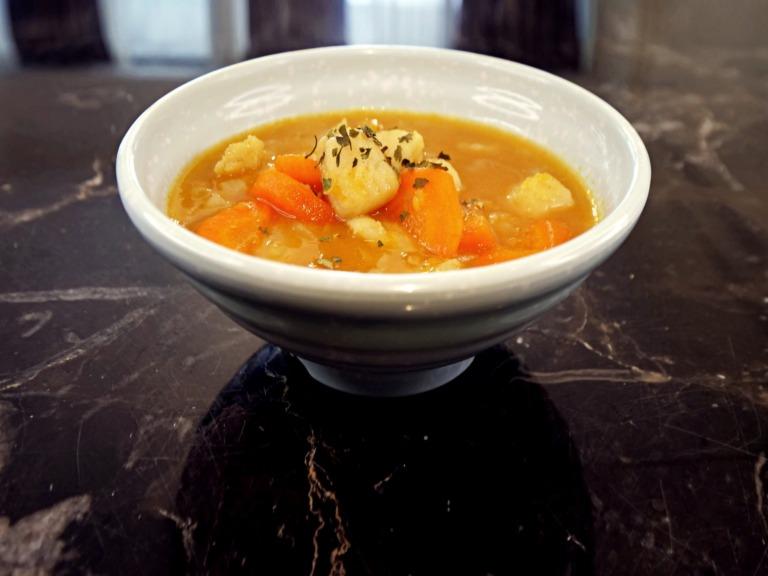 Zupa z dorszem i soczewicą przepis