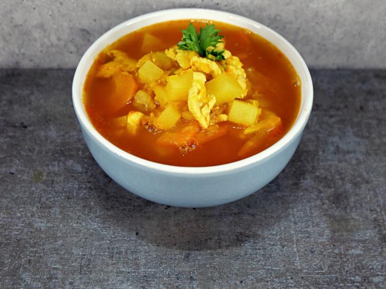 Zupa z kurczakiem i soczewicą przepis